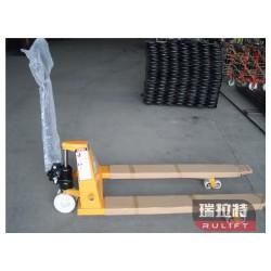 要买手动液压搬运车当选泰兴市瑞拉特,天津电动液压搬运车