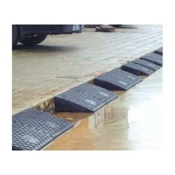 湖南长沙橡胶路沿坡、止退器、减噪板、防撞块的推广